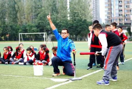 谢家湾小学:以研促教  让孩子们跑起来让体育人都出彩