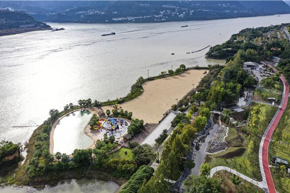 云阳:环湖绿道提升城市旅游休闲功能