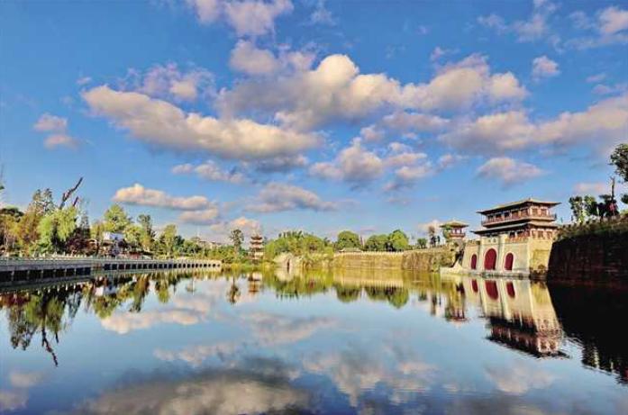 重庆荣昌:坚持以人民为中心 全力打造高品质生活宜居地